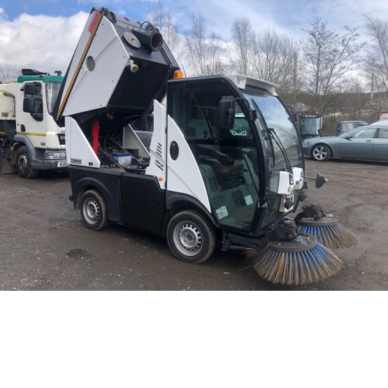 2015 JOHNSTON C101 in Compact Sweepers