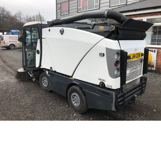2014 JOHNSTON C201 in Compact Sweepers