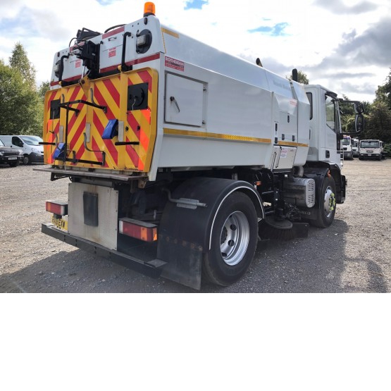 2010 IVECO 150E22 EURO CARGO in Truck Mounted Sweepers