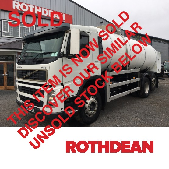2004 VOLVO FM9.300 in Tank Rigid Vehicles
