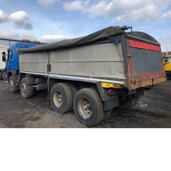 2004 SCANIA 340 in Tippers Rigid Vehicles