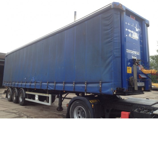 2003 SDC 13.6 STRAIGHT in Curtain Siders Trailers