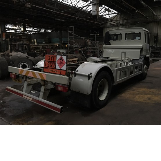 2002 VOLVO FL220 CHASSIS CAB in Other Rigid Vehicles
