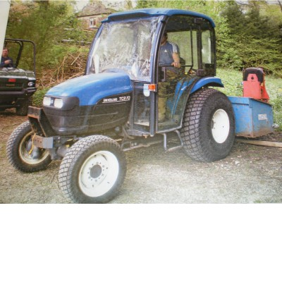 2001 NEW HOLLAND TC27D TRACTOR