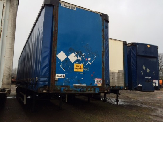 2004 Wheelbase 13.6 STRAIGHT in Curtain Siders Trailers