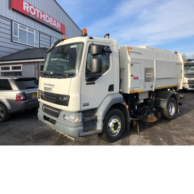 2011 DAF LF55-220 SWEEPER